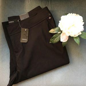 torrid Pants - NWT Torrid Jetsetter Slim Dress Pants